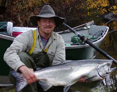 Aaron Helfrich with a #30+ lb Siuslaw River Chinook Salmon.  Diver Bait brought us Five Bites in a row on this Day!